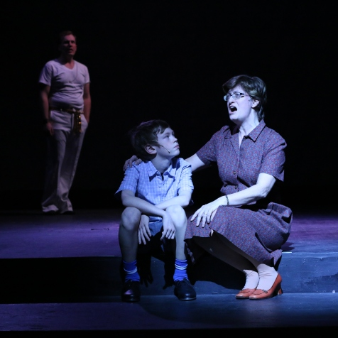 Jocelyn Hesse as Peter's mother, Diego Clark as young Peter